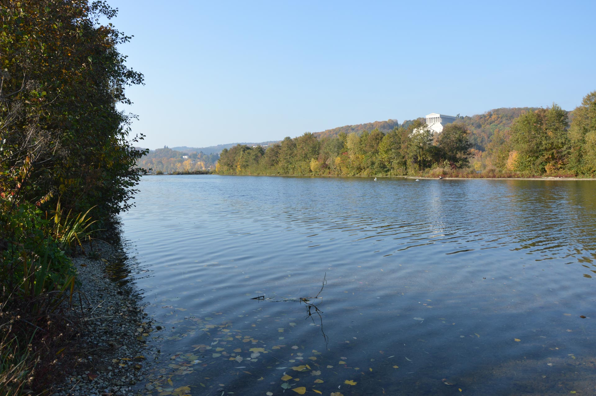 Panorama Blick auf Donau und Walhalla Donaustauf im Hintergrund